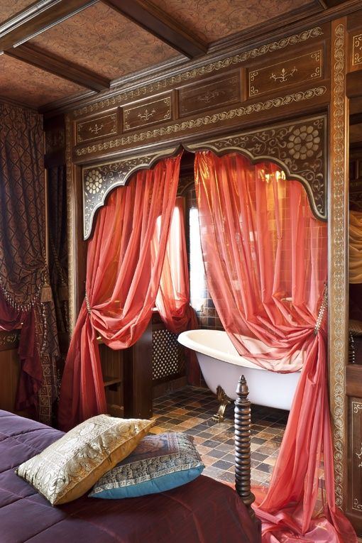 indian-inspired-bathroom-with-draped-bathtub