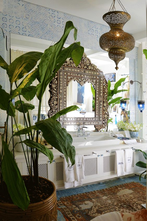 indian-inspired-bathroom