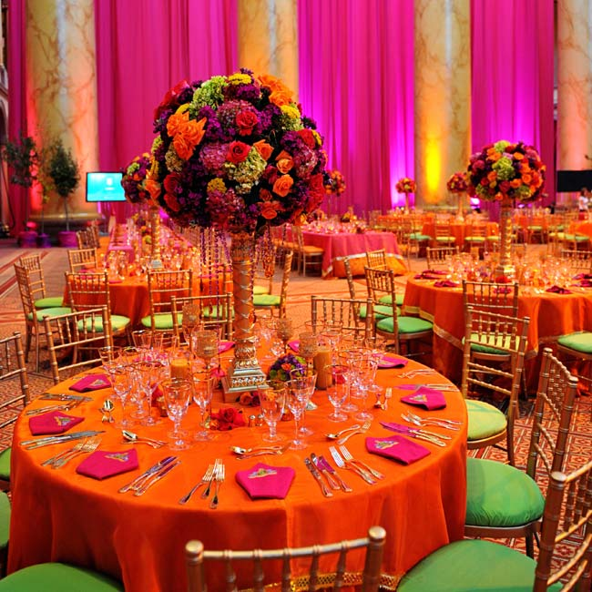 orange-green-indian-wedding-table-decor