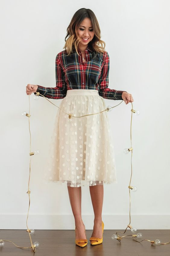 http://www.highpe.com/25-lovely-but-comfy-outfits-to-wear-on-thanksgiving-day/
