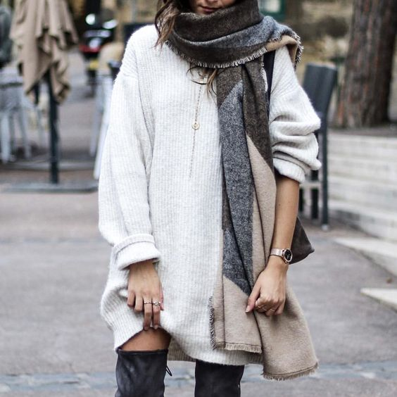 oversized-sweater-dress-and-scarf-thanksgiving-outfit-idea