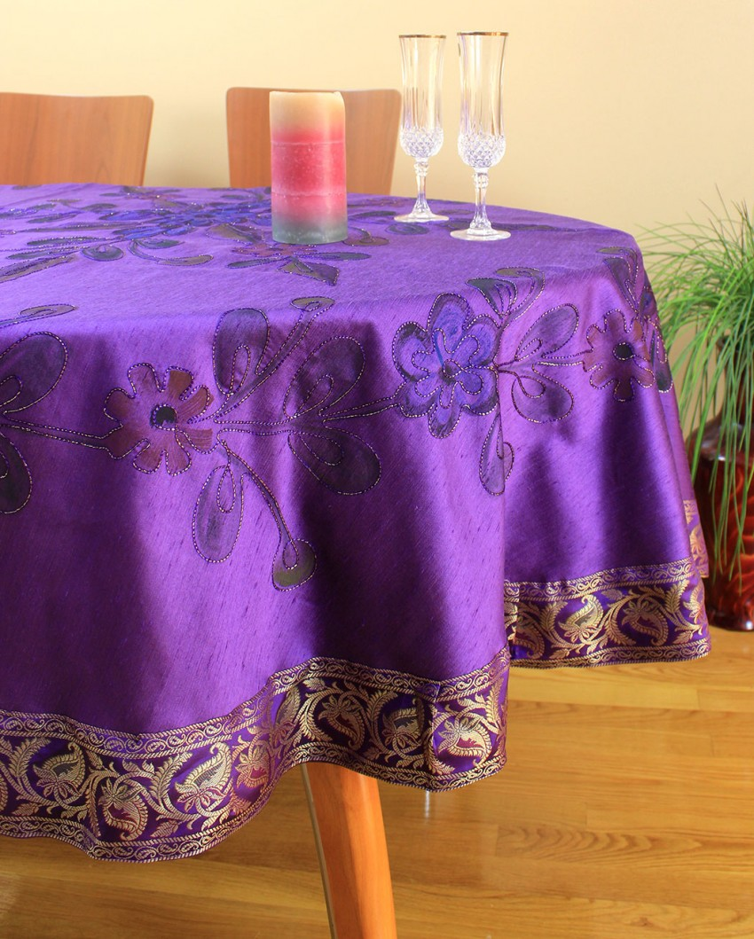 Charmant Hand Painted Floral Round Tablecloth